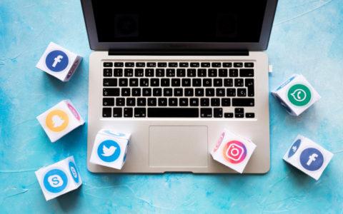 Decide, piensa, participa y desconecta ¡Hoy es el día de las redes sociales!
